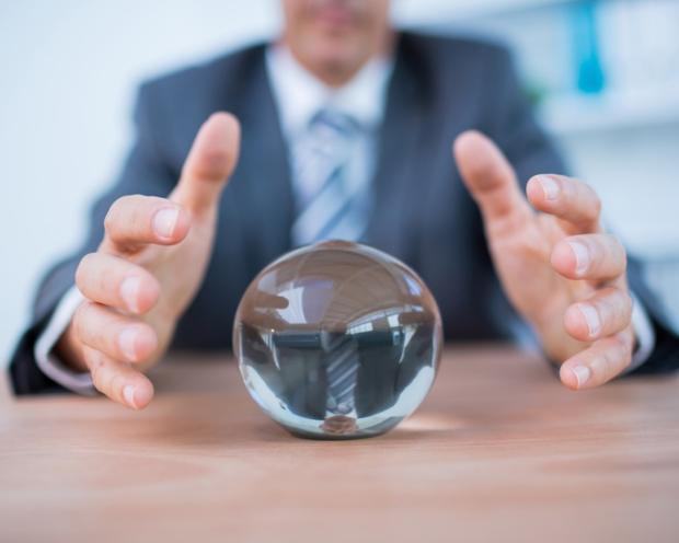 Wertvolles Grundwissen für jeden Anleger: Warum die Meinungen von Aktien-Experten mit Vorsicht zu genießen sind