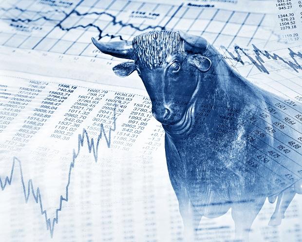 Volle Kraft voraus! Die 3 trendstabilsten US-Aktien der letzten 12 Monate