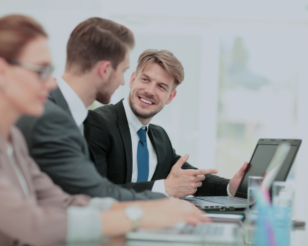 Erfolgskriterium Moats: In welchen Branchen die meisten Unternehmen mit Wettbewerbsvorteilen zu finden sind