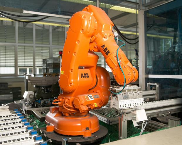 Robotik-Aktie ABB: Bei Chartausbruch könnte starke Rally folgen