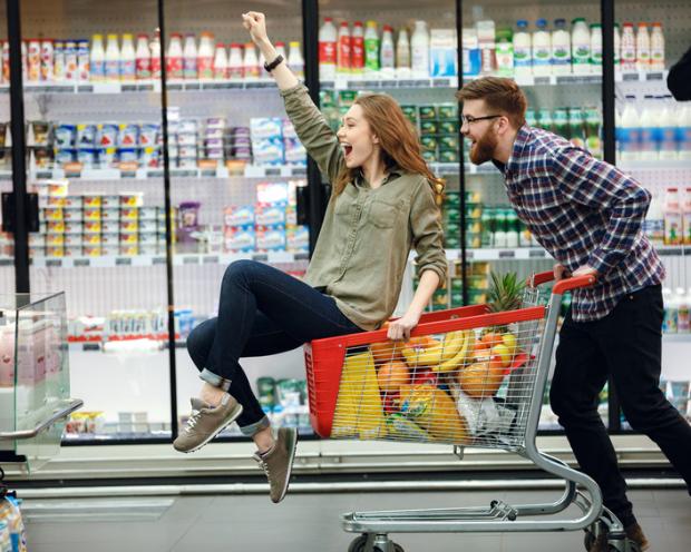 Procter & Gamble, Coca-Cola, Philip Morris, Unilever, Nestlé & Co.: Warum die bei Anlegern beliebten Basiskonsumgüter-Aktien gefährdet sind