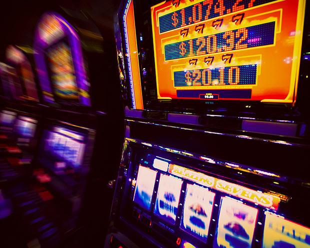 Ewiges Aktien-Börsenspiel von TraderFox: Das Wall-Street-Casino – Interview mit Salocin