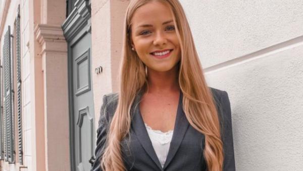 Influencer-Lifestyle: Wir sprechen mit Celine über ihren Instagram-Account bookoffinance