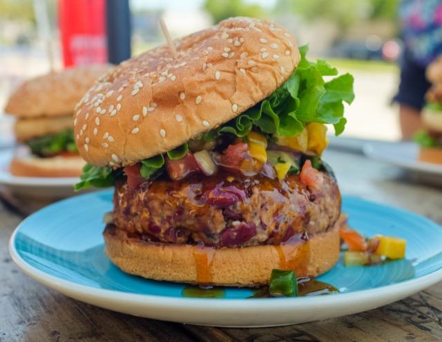 10er Pack Burger Patties von Beyond Meat für 16 USD - Wer würde da noch nein sagen?