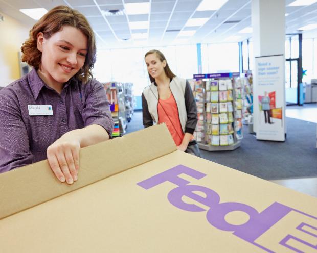 FedEx – Elektrisiert die Märkte dank weihnachtsähnlicher online Shopping-Niveaus