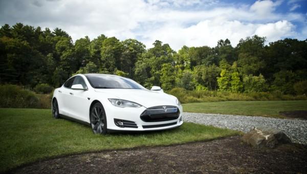 Tesla: lange unterschätzt – Chance auf ein Billionen Unternehmen oder völlig überbewertet?
