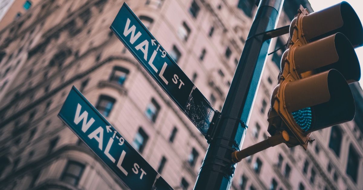 Ein Portfolio aus 10 Werten: Wenn diese Ideen aufgehen, könnte es Gewinne regnen!