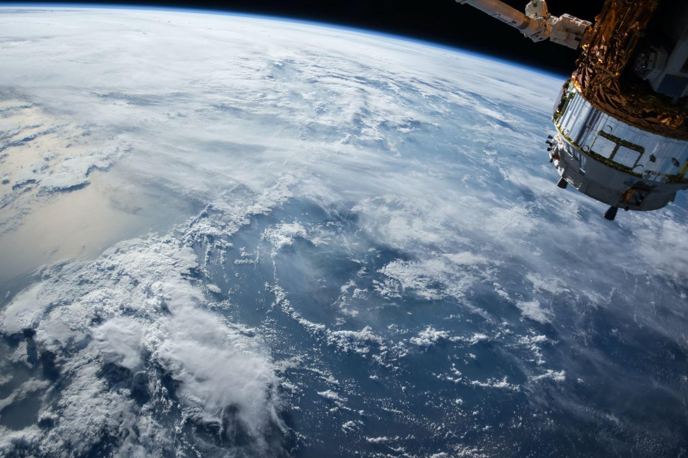 Wird der Weltraum das neue Trendthema an den Märkten? 2 TOP-Aktien, die davon profitieren