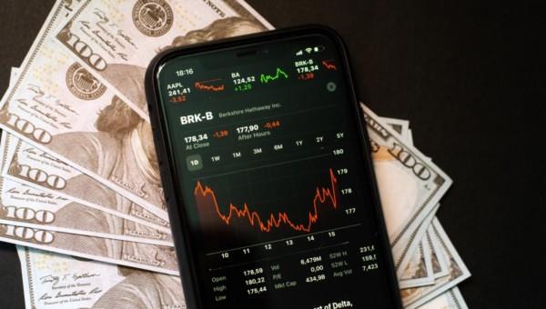 Berkshire Hathaway – Das Orakel von Omaha legt seine Investments offen (Energie, 5G und Pharma)