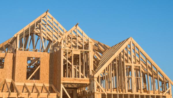 UFP Industries: Schöner Wohnen mit edlem Holz auf der Veranda