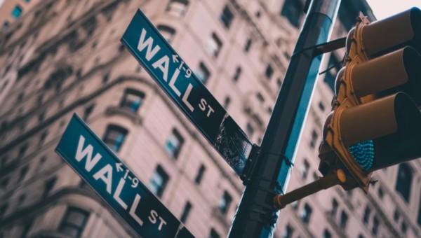 3 spannende Brokerage-Aktien, die auch nach Corona interessant bleiben!