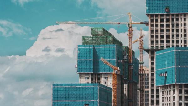 Der globale Bau-Boom steht bevor - diese 5 Aktien werden profitieren!