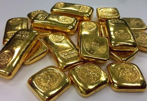 Der Aktienscreener:  Barrick Gold oder Newmont? Bietet sich bei Goldaktien eine antizyklische Kaufgelegenheit?