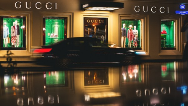 Luxus-Aktien: Lohnt sich ein Einstieg nach den jüngsten Kurseinbrüchen?